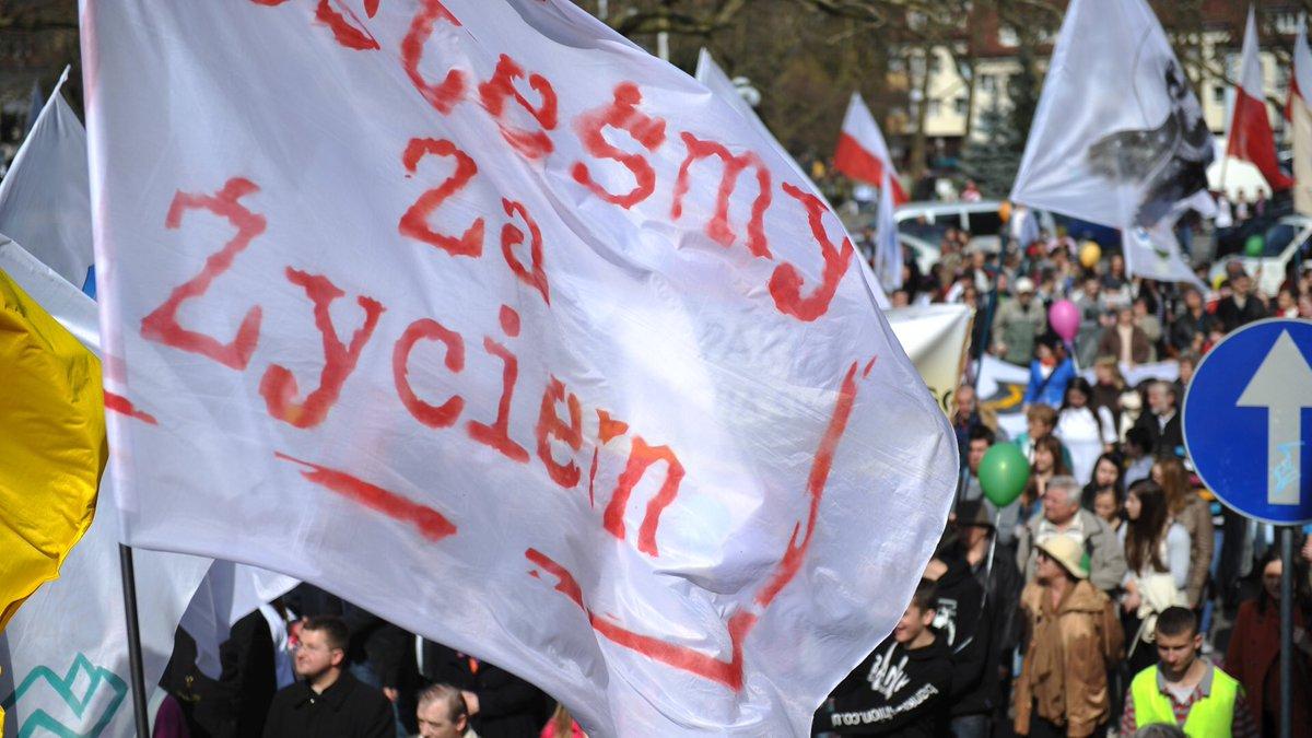 W Częstochowie przeszedł marsz dla życia i rodziny