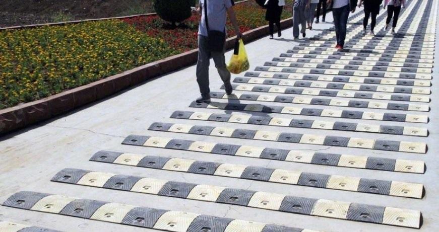 W Chinach wprowadzono ograniczenie prędkości dla… pieszych