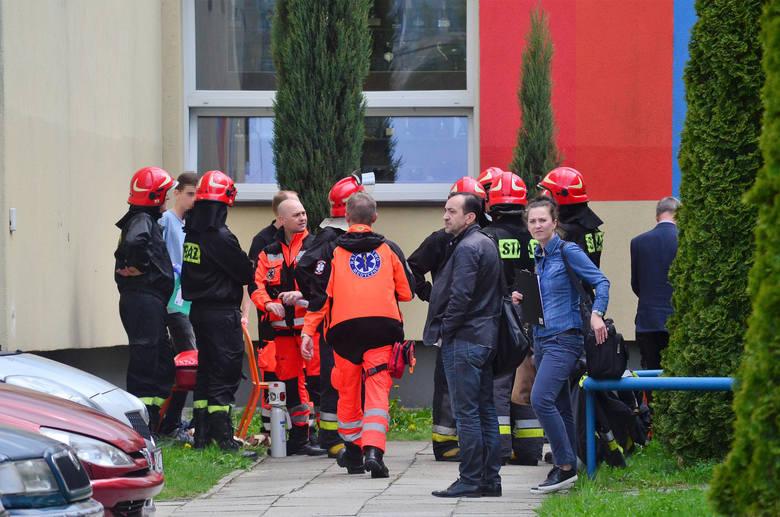 Kielce: 2 osoby zginęły w pożarze bloku