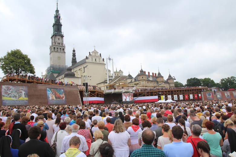 Pielgrzymki do Częstochowy: Pątnicy ruszają w drogę