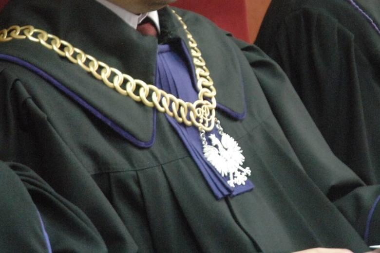 Wiceminister zlecał dyskredytowanie sędziów krytykujących zmiany w wymiarze sprawiedliwości. Skutek: Dymisja
