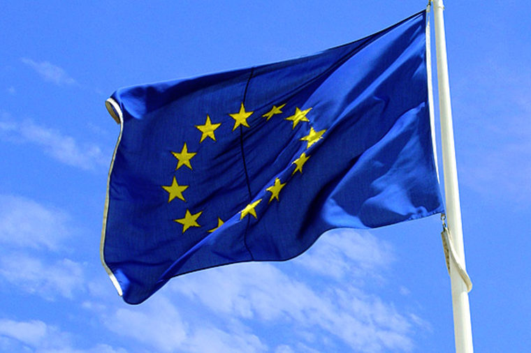 Bruksela: Unia podejmie kroki za odmowę przyjmowania uchodźców