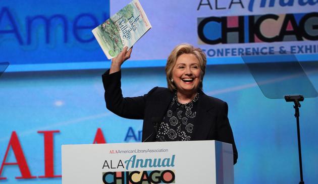 Hillary Clinton w Chicago mówiła mało o polityce a dużo o książkach