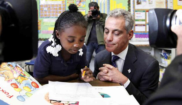 Rahm Emanuel obiecuje darmowe przedszkola dla wszystkich 4-latków