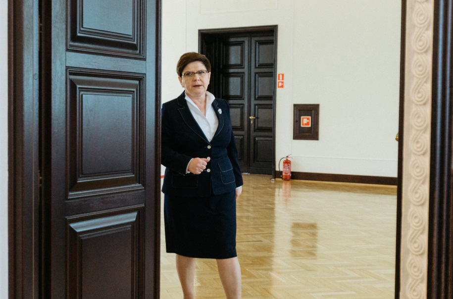 """Premier Beata Szydło dla """"LE SOIR"""": Nie będziemy popierali błędnej polityki UE"""