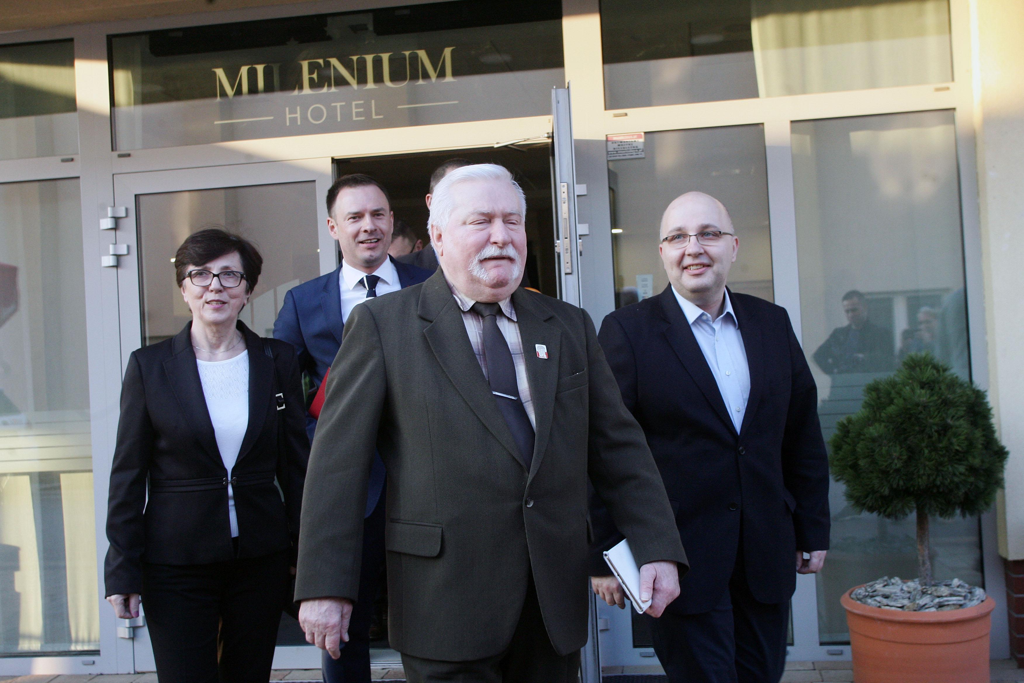 Lech Wałęsa weźmie udział w kontrmanifestacji przeciwko uczestnikom miesięcznicy smoleńskiej, która odbędzie się 10 lipca