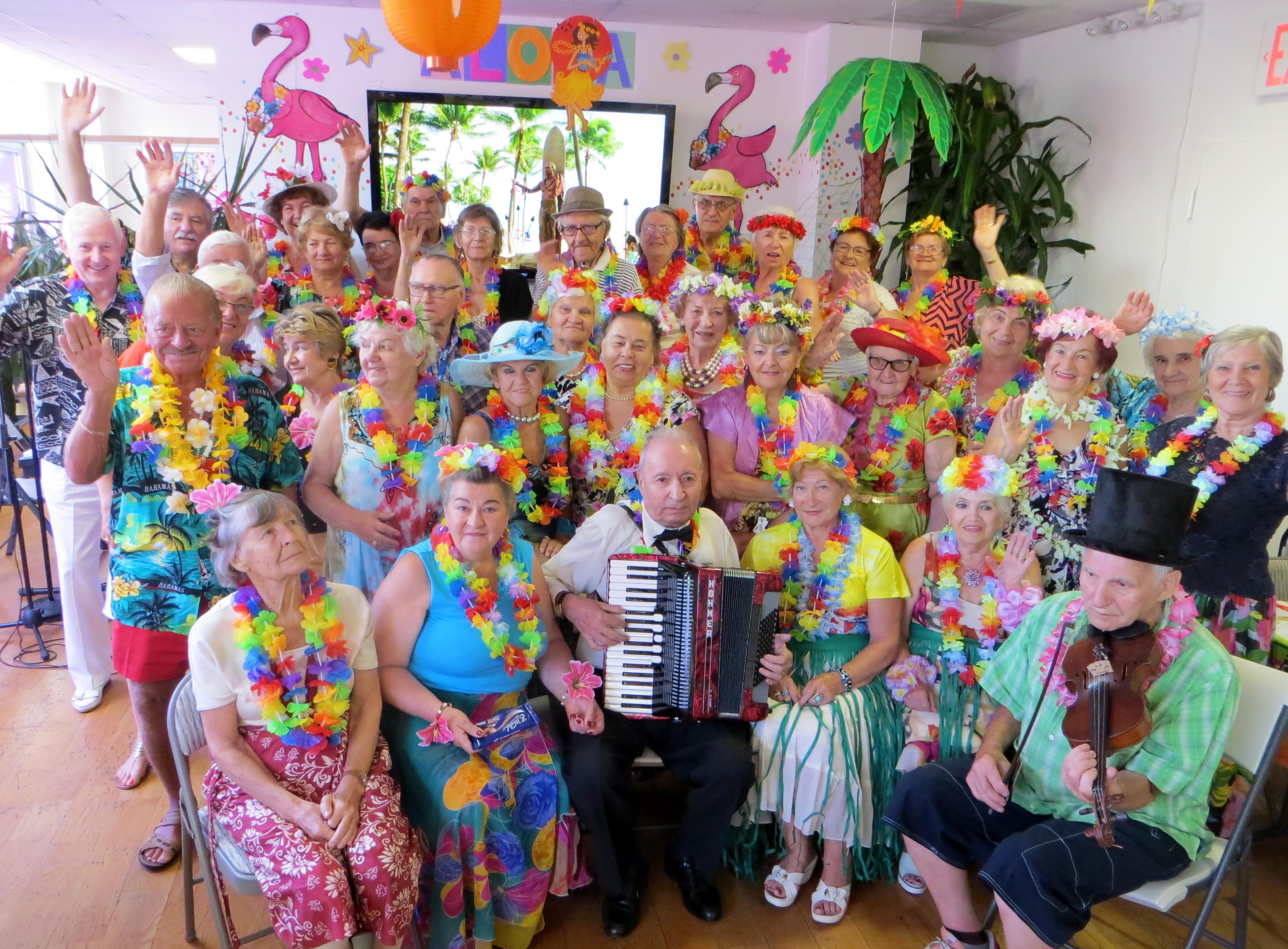 Hawajski Dzień w Klubie Seniora Amber na Greenpoincie