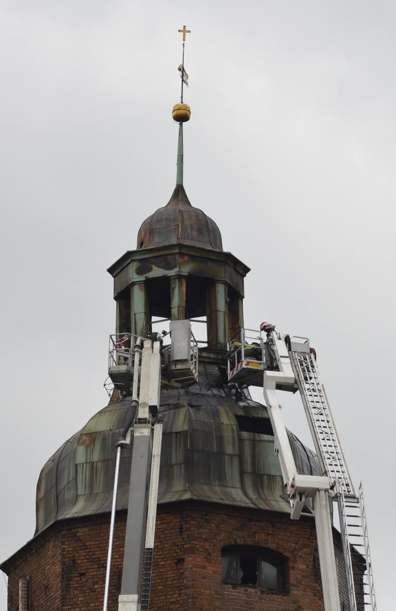 Gorzów Wlkp.: wyjaśnianie przyczyn pożaru katedry