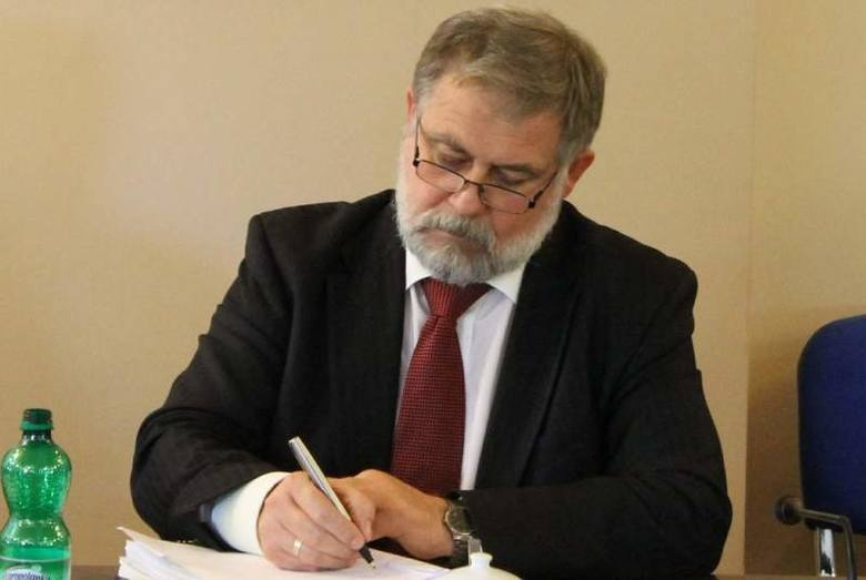 Opolskie: Burmistrz Namysłowa chciałby przyjąć w mieście jedną rodzinę uchodźców z Syrii