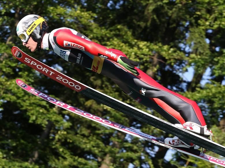 Letnie Grand Prix w skokach narciarskich w Wiśle: Polacy wygrali drużynówkę