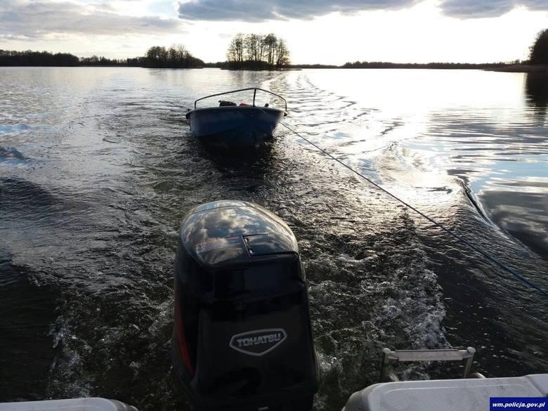 Jezioro Łaśmiady na Mazurach: Kłusownicy  ogłuszali ryby prądem