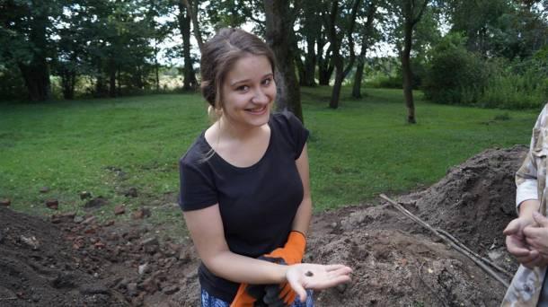Śląsk: W Krzepicach wydobywają spod ziemi prawdziwe skarby. Tu stał zamek alchemików! FOTO
