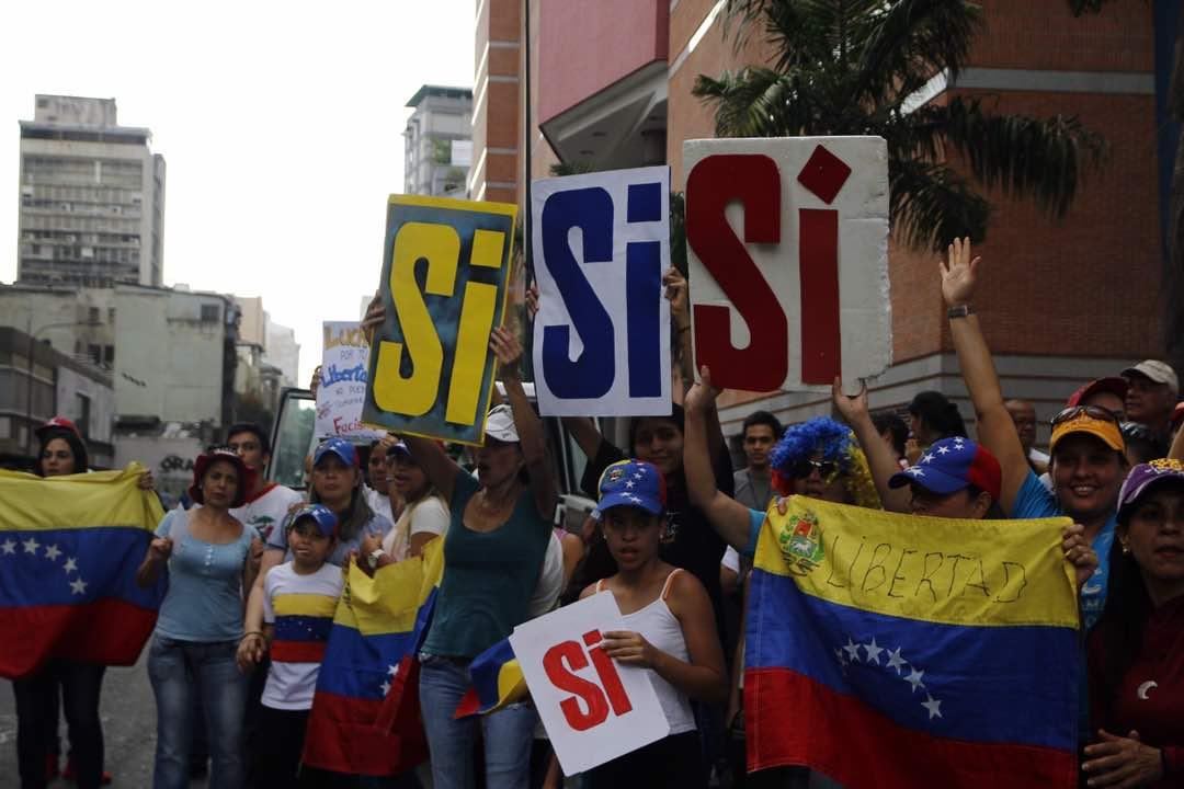 Krwawe referendum w Wenezueli. Napastnicy otworzyli ogień, nie żyje jedna osoba