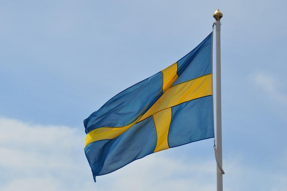 """Władze Szwecji publikują broszurę zatytułowaną: """"Jeśli nadejdzie kryzys lub wojna""""…"""