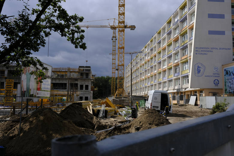 Toruń: Szpitale pozywają pacjentów o zapłatę