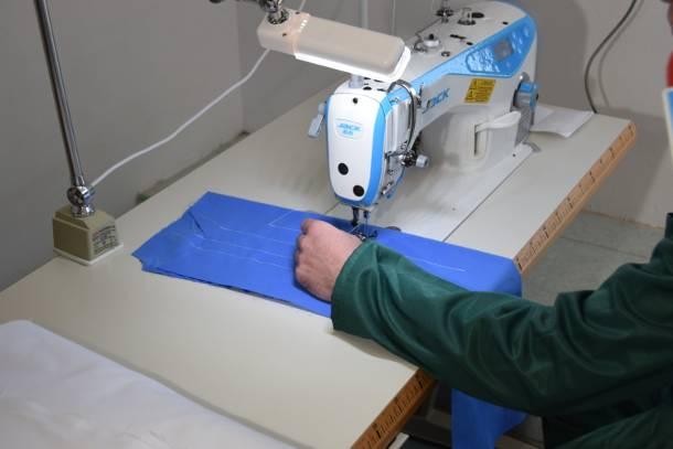 Więźniowie z Opola będą pracować jako szwaczki. Uszyją mundury, koszule, ręczniki i pościel