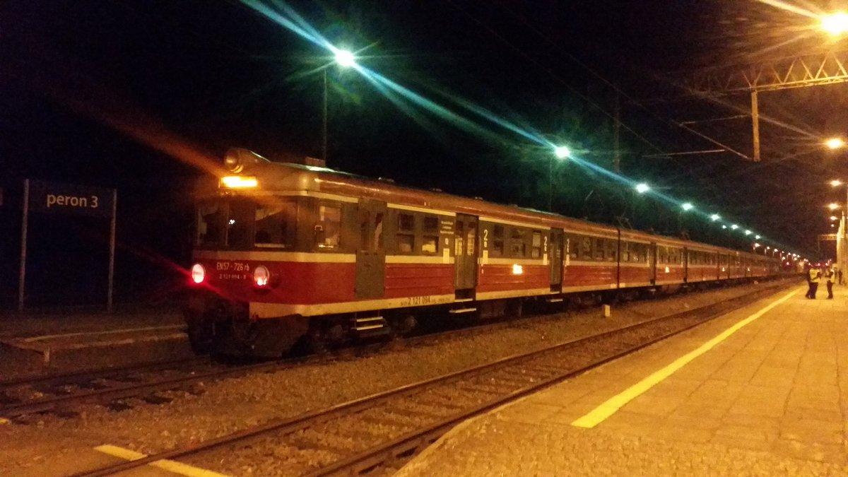 Wypadek pociągu pasażerskiego w okolicach Kwidzyna. Wśród rannych jest czworo dzieci