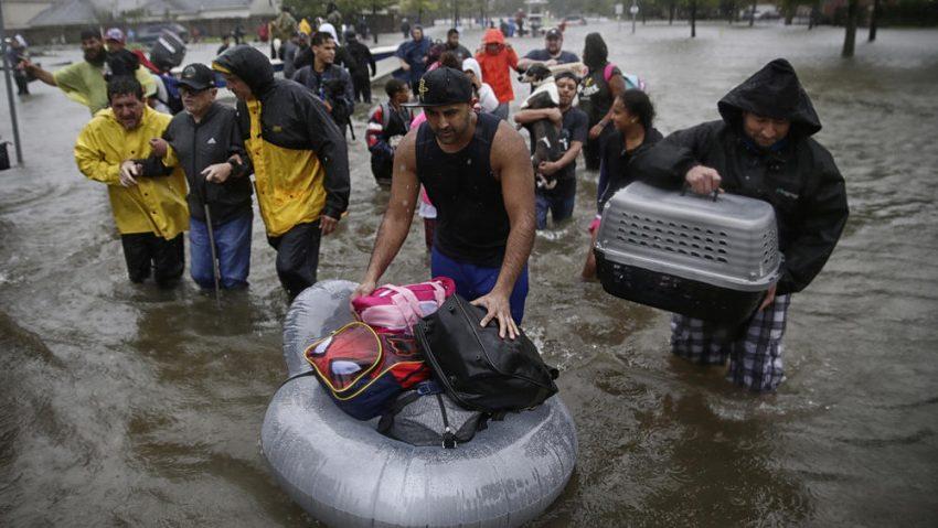 Harvey w Teksasie: Przecieka tama, jest groźba większych powodzi