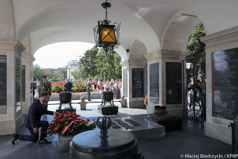 Warszawa: Uroczystości 93. rocznicy ustanowienia Grobu Nieznanego Żołnierza