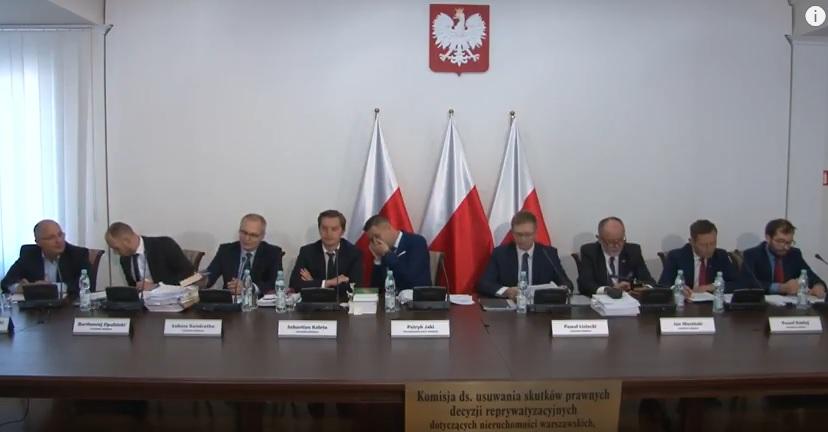 Komisja Jakiego prze do przodu i unieważnia kolejne decyzje zwrotowe