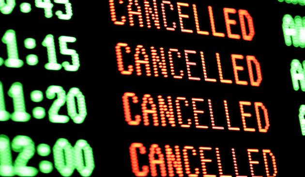 Setki odwołanych lotów z powodu huraganu Harvey