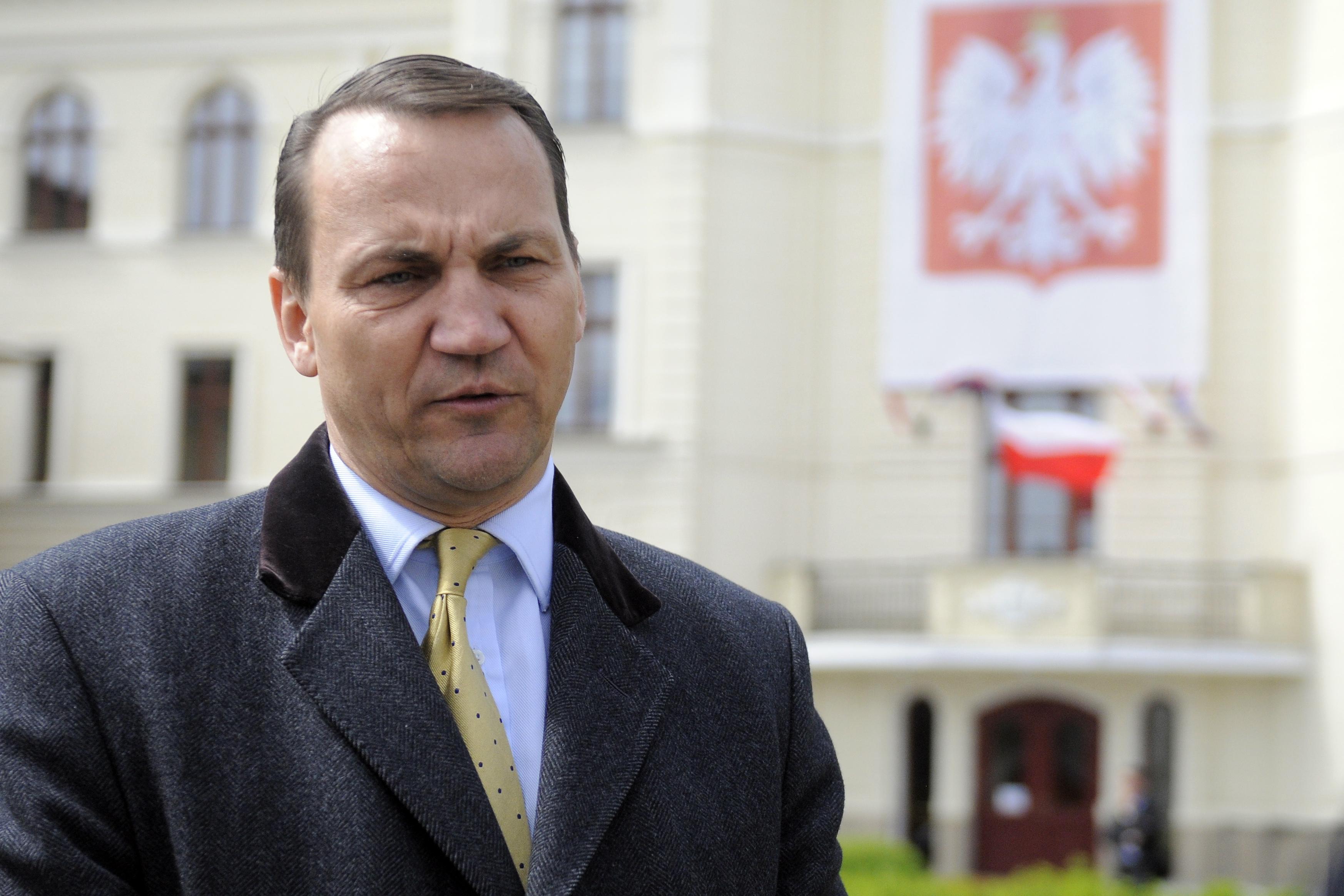 """""""Ministrem spraw zagranicznych chciałem być od dzieciństwa"""". Radosław Sikorski napisał książkę o kulisach dyplomacji"""