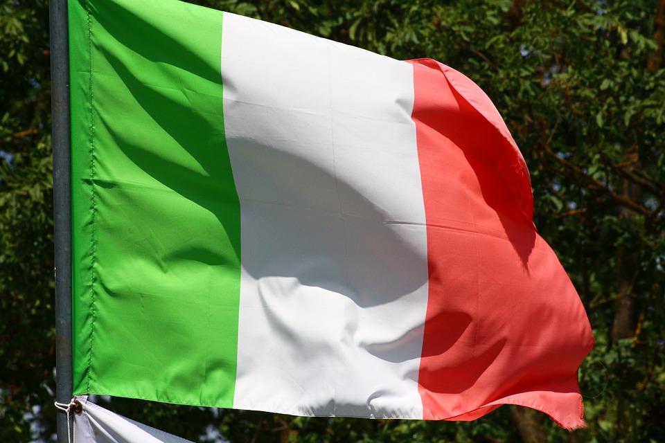 Włochy: Połowa Włochów żyje w niepewności, a jedna trzecia boi się arabskich imigrantów