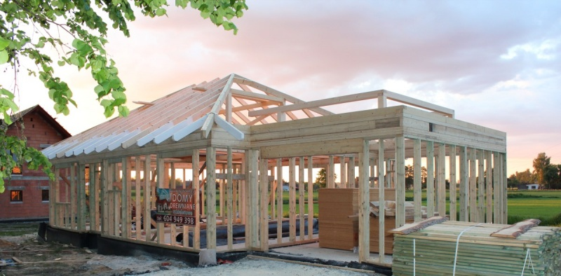 Resort środowiska włączy się w realizację programu Mieszkanie Plus poprzez… budowę drewnianych domów