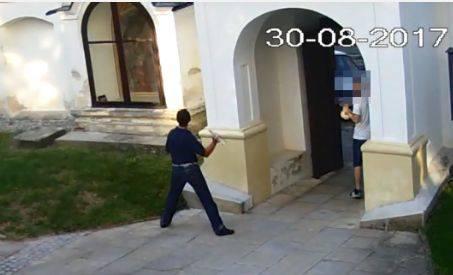 Bulwersujące sceny w kościele w Sandomierzu