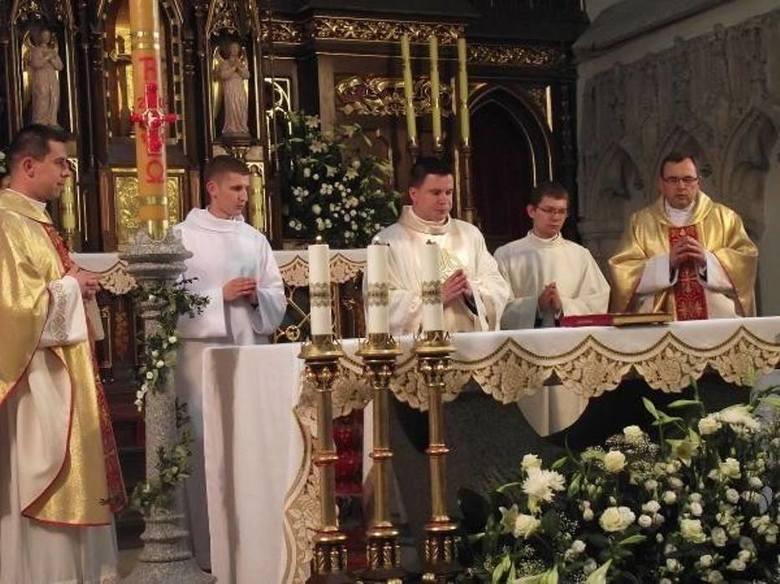 Msze i modlitwy za uchodźców w kościołach w całej Polsce