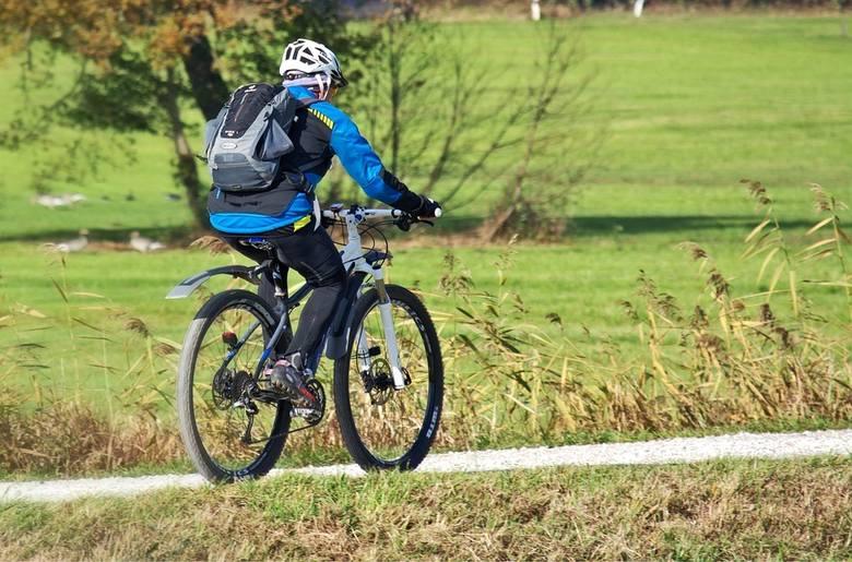 W Kujawsko-Pomorskiem przybędzie 75 km ścieżek rowerowych