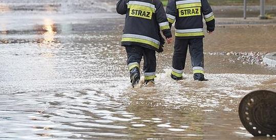 Ponad 100 interwencji strażaków w Małopolsce w związku z podtopieniami