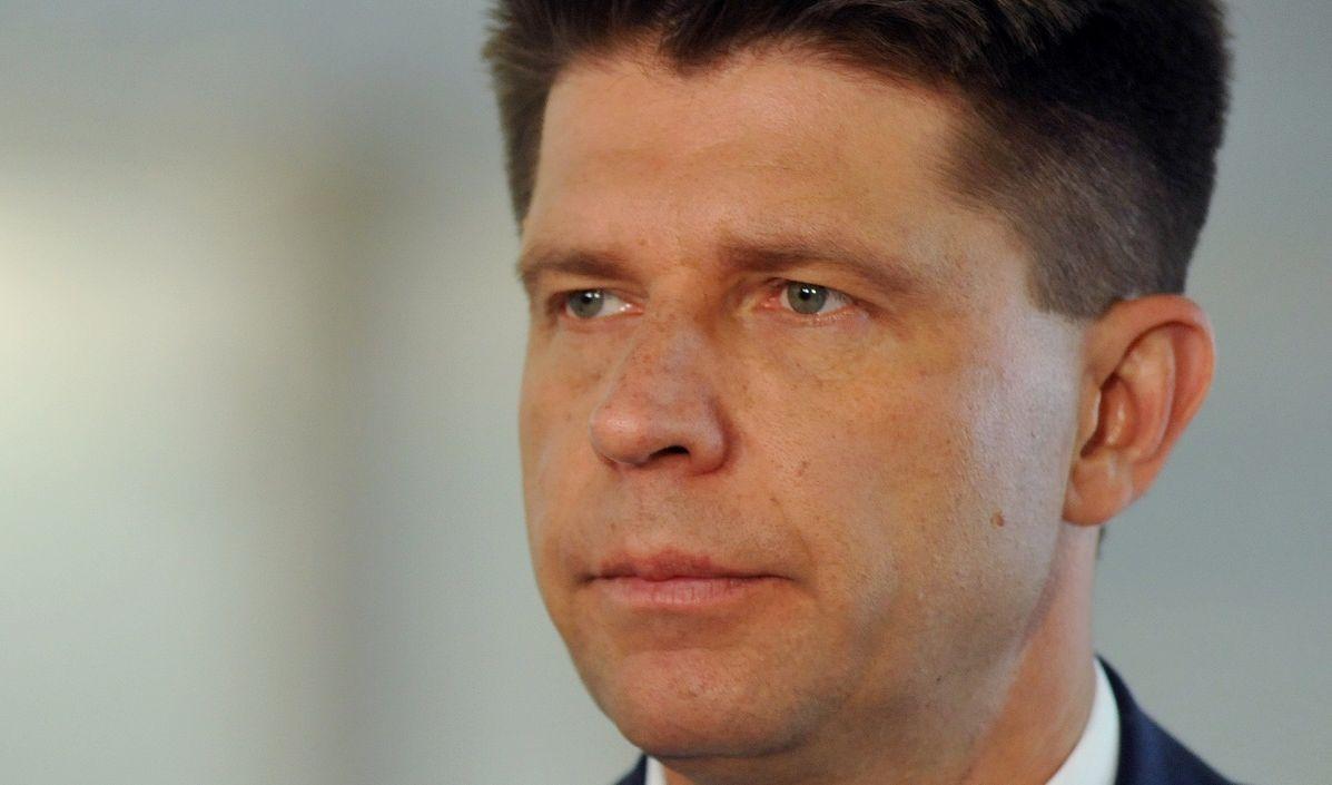 """Ryszard Petru po publikacji """"Gazety Wyborczej"""": Premier powinien """"wymusić"""" dymisję na przewodniczącym Komisji Nadzoru Finansowego"""