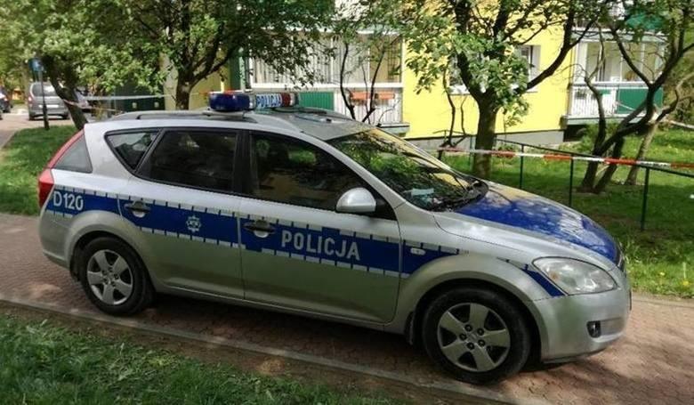 Kraków: Policjanci poniżali i znęcali się nad pijanym. Teraz grozi im do 5 lat więzienia