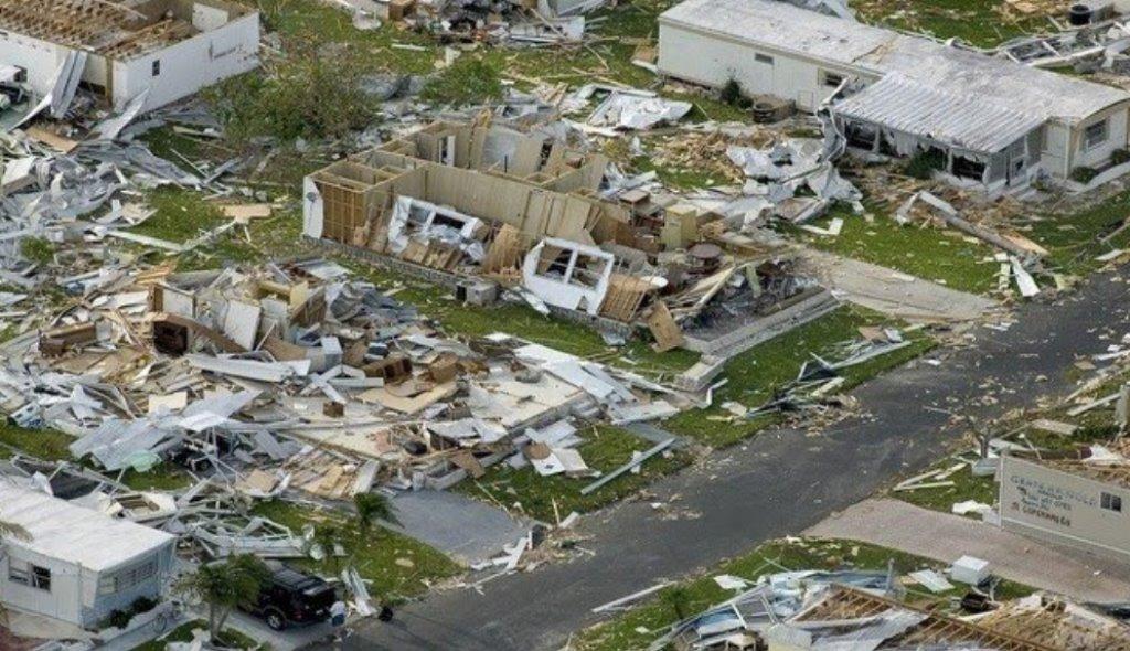 Huragan Irma pustoszy Karaiby