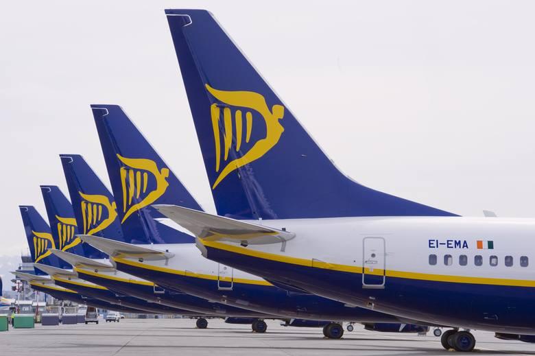 Ryanair odwołuje loty z Polski i do Polski
