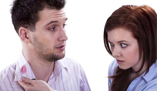 Naukowcy podali powody dlaczego Amerykanie zdradzają żony