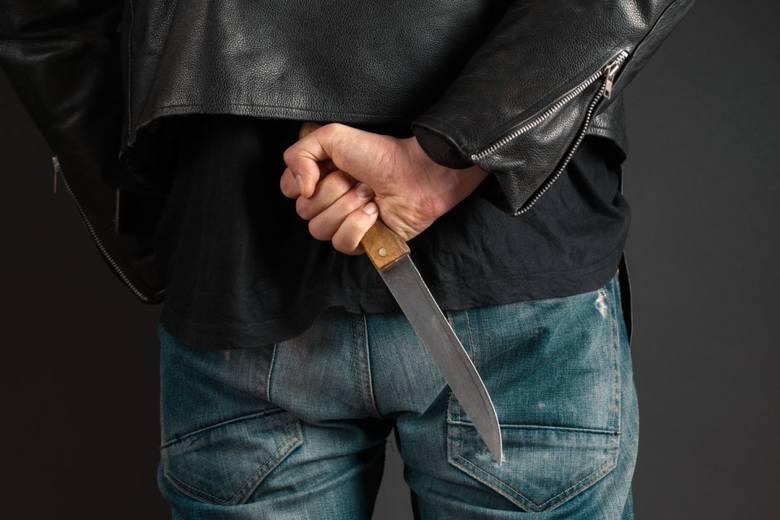 Atak nożownika w Rudzie Śląskiej. Nie żyje jedna osoba, dwie są ranne