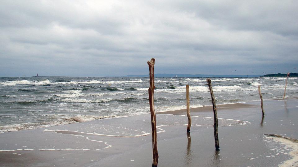 IMGW ostrzega: silny wiatr na Bałtyku
