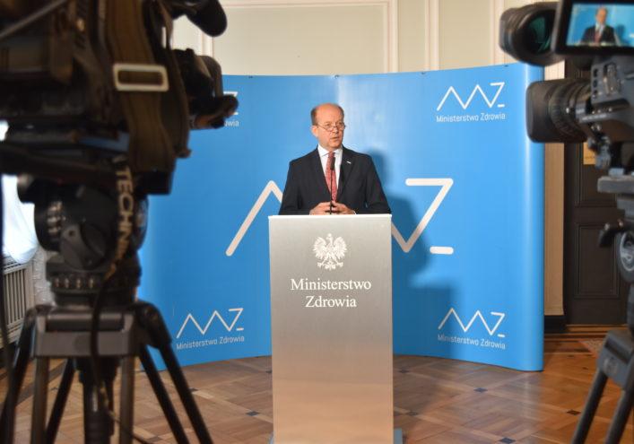 Minister K. Radziwiłł: Nie mamy do czynienia z sytuacją krytyczną w służbie zdrowia