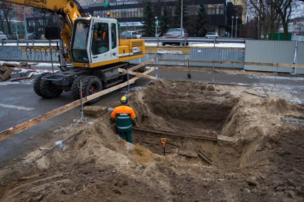 Warszawa: Śmiertelny wypadek na budowie metra. Zawaliła się ściana
