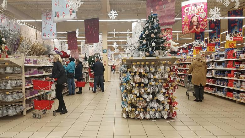 W marketach mamy już święta Bożego Narodzenia, a to dopiero początek listopada