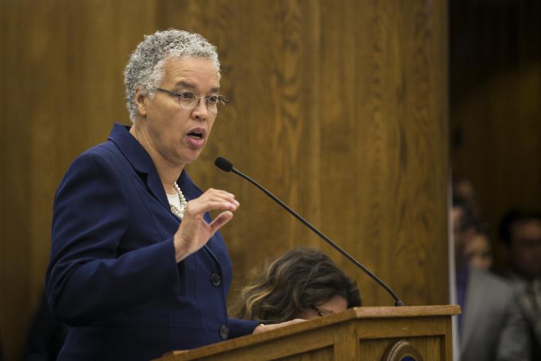 Toni Preckwinkle przedstawiła nowy budżet powiatu Cook na prawie 6 miliardów dolarów