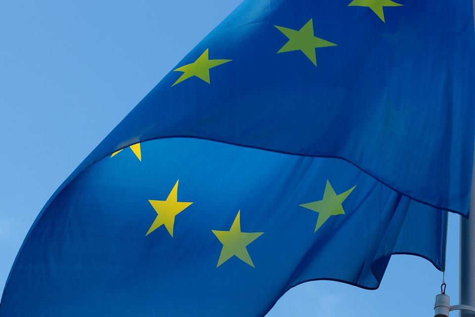 Kraje, które więcej wpłacają do unijnego budżetu, domagają się ograniczenia wydatków