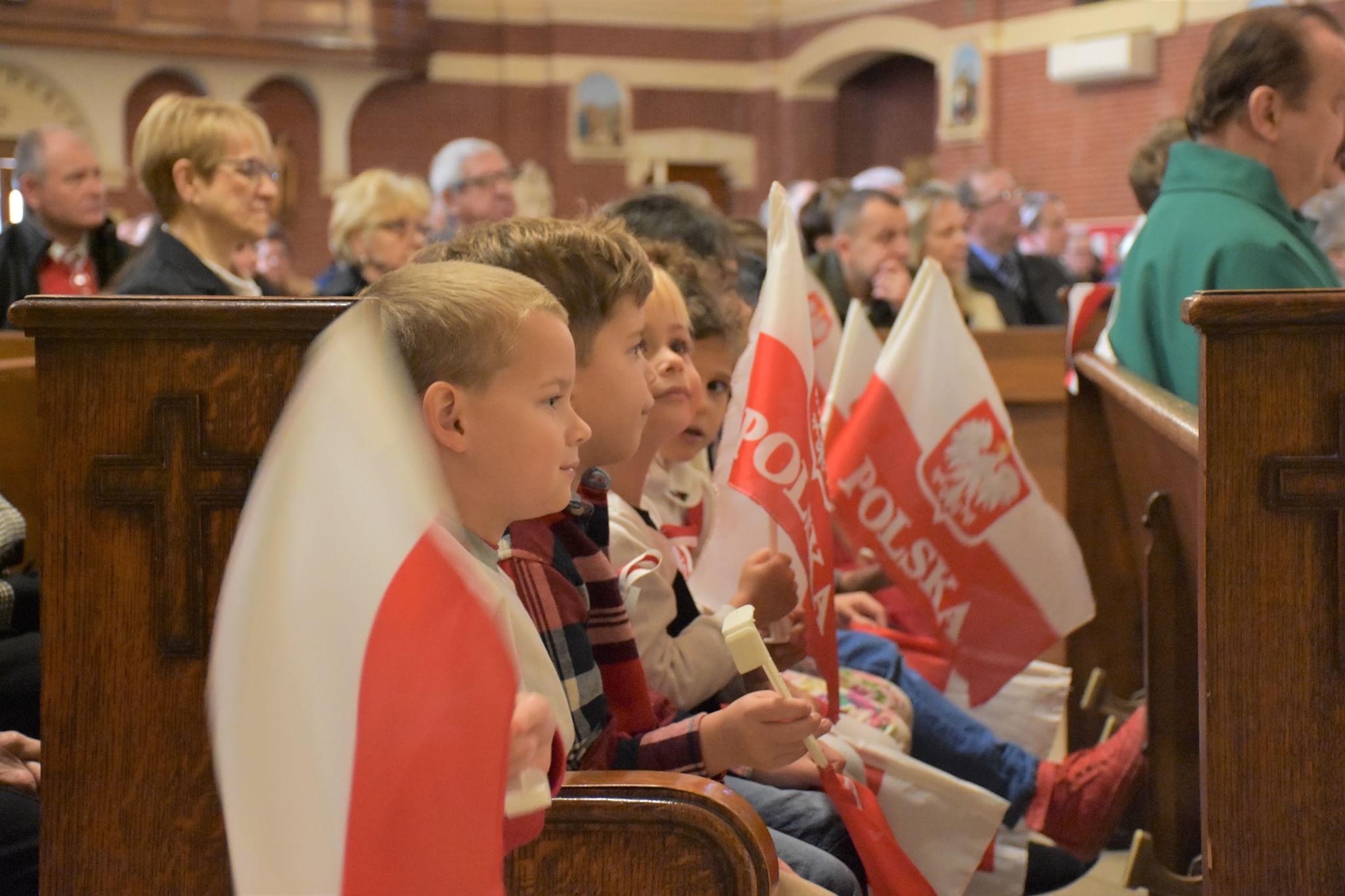 Dzień niepodległości Polski w polonijnych szkołach