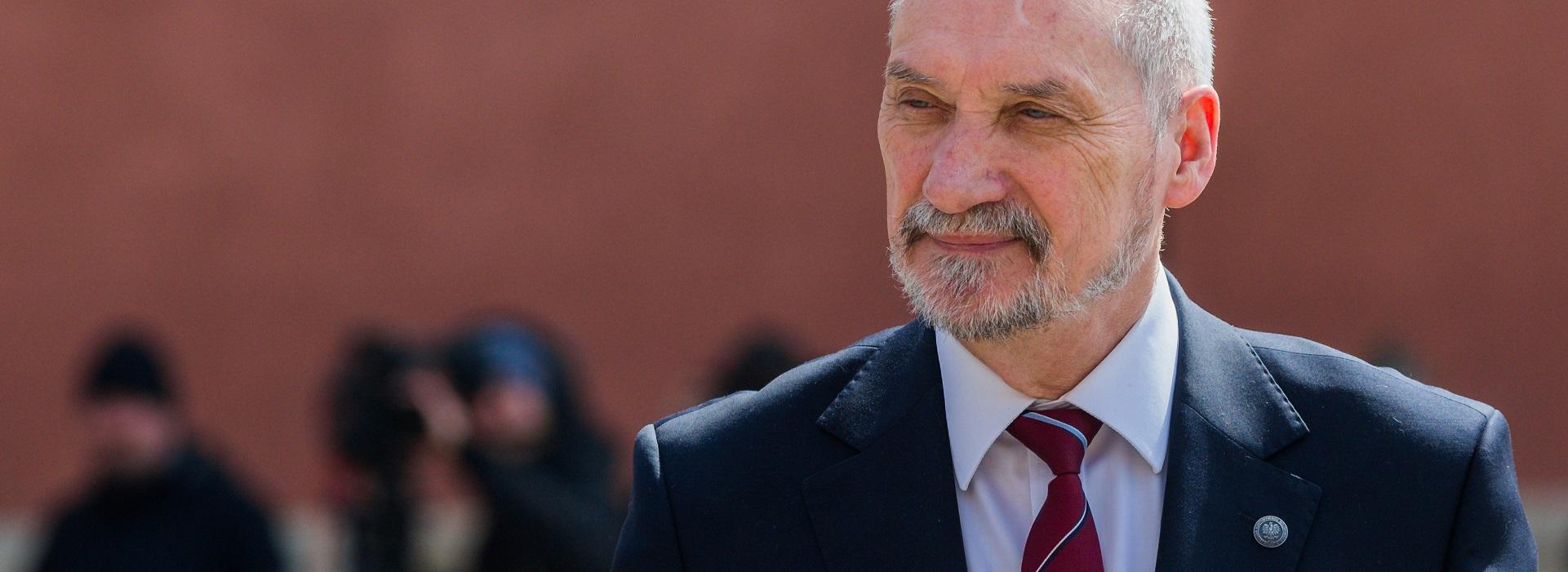 Macierewicz: Raport Podkomisji smoleńskiej na początku przyszłego roku