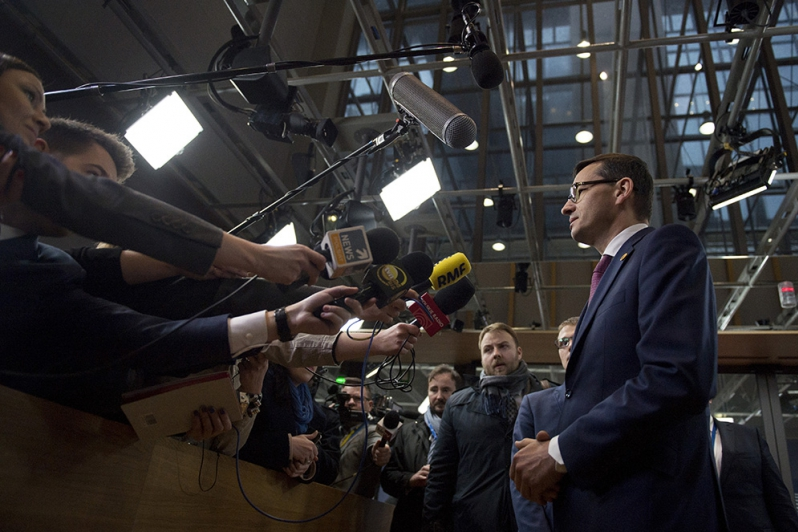 """Morawiecki 9 stycznia odwiedzi Brukselę. Obnaży """"hipokryzję"""" władz Unii Europejskiej?"""