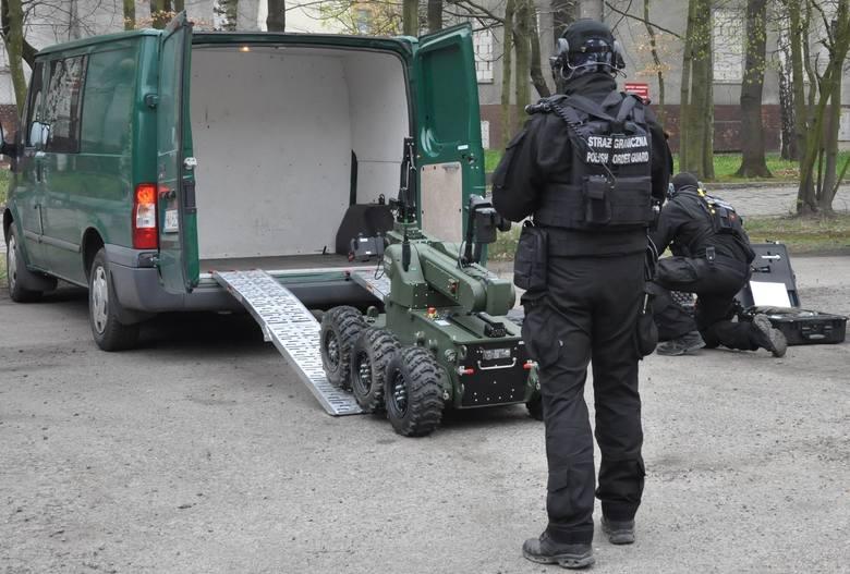 Wrocław: 32-latek wywołał alarm bombowy na lotnisku. Za swój wybryk może spędzić nawet 8 lat w więzieniu