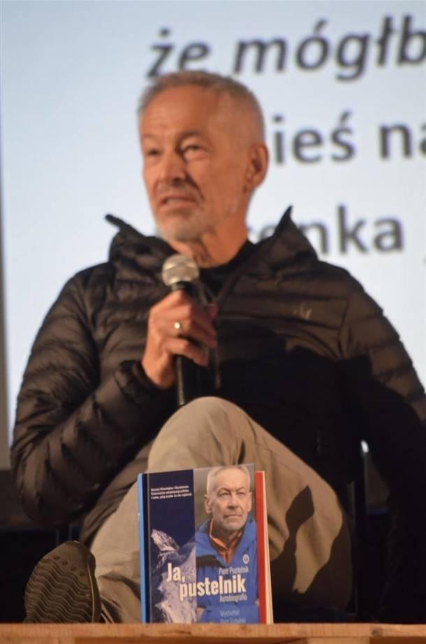 Piotr Pustelnik w Piotrkowie 14 grudnia. Znany himalaista opowie o swojej książce