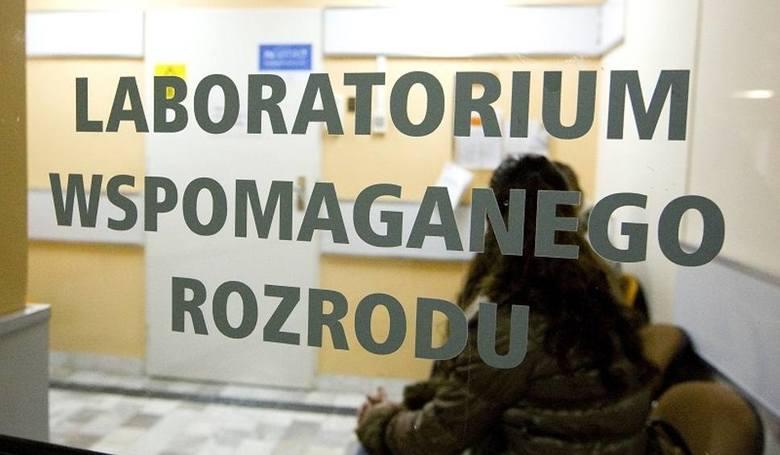 Szczecin: Będzie proces za pomyłkę przy in vitro! Rodzice domagają się 3 mln zł
